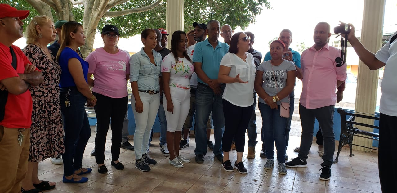 """El Municipio de Baitoa celebra  Día Internacional de la No Violencia contra la Mujer bajo el lema """" Baitoa es Tierra de Reinas"""""""